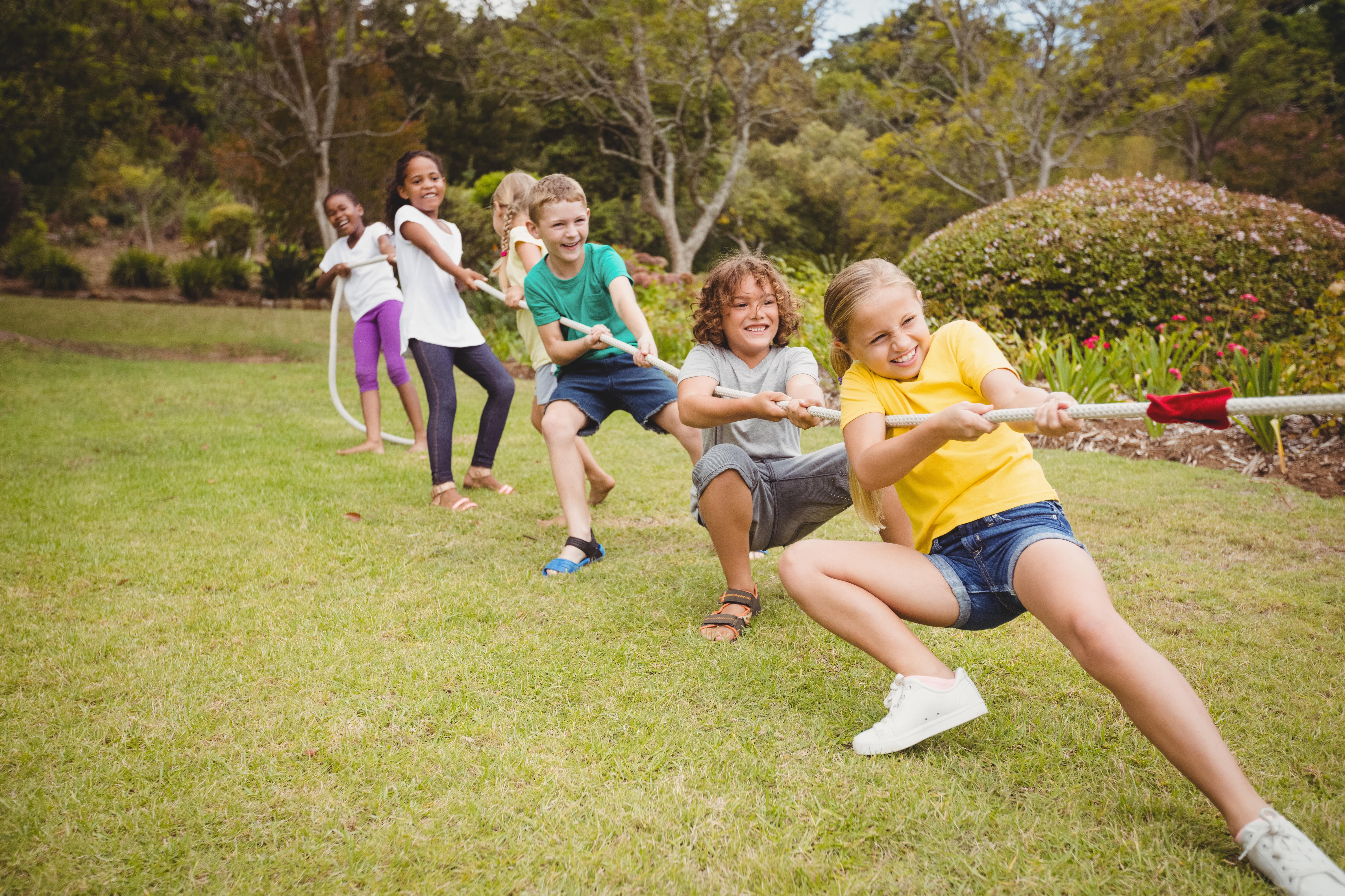 bigstock-Children-pulling-a-rope-in-tug-169481348.jpg